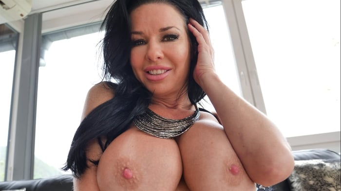 Veronica Avluv in Double Anal Duels
