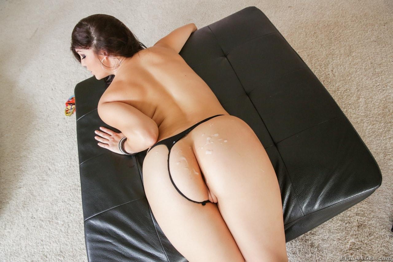 Holly Michaels Pornstar Bio, Pics