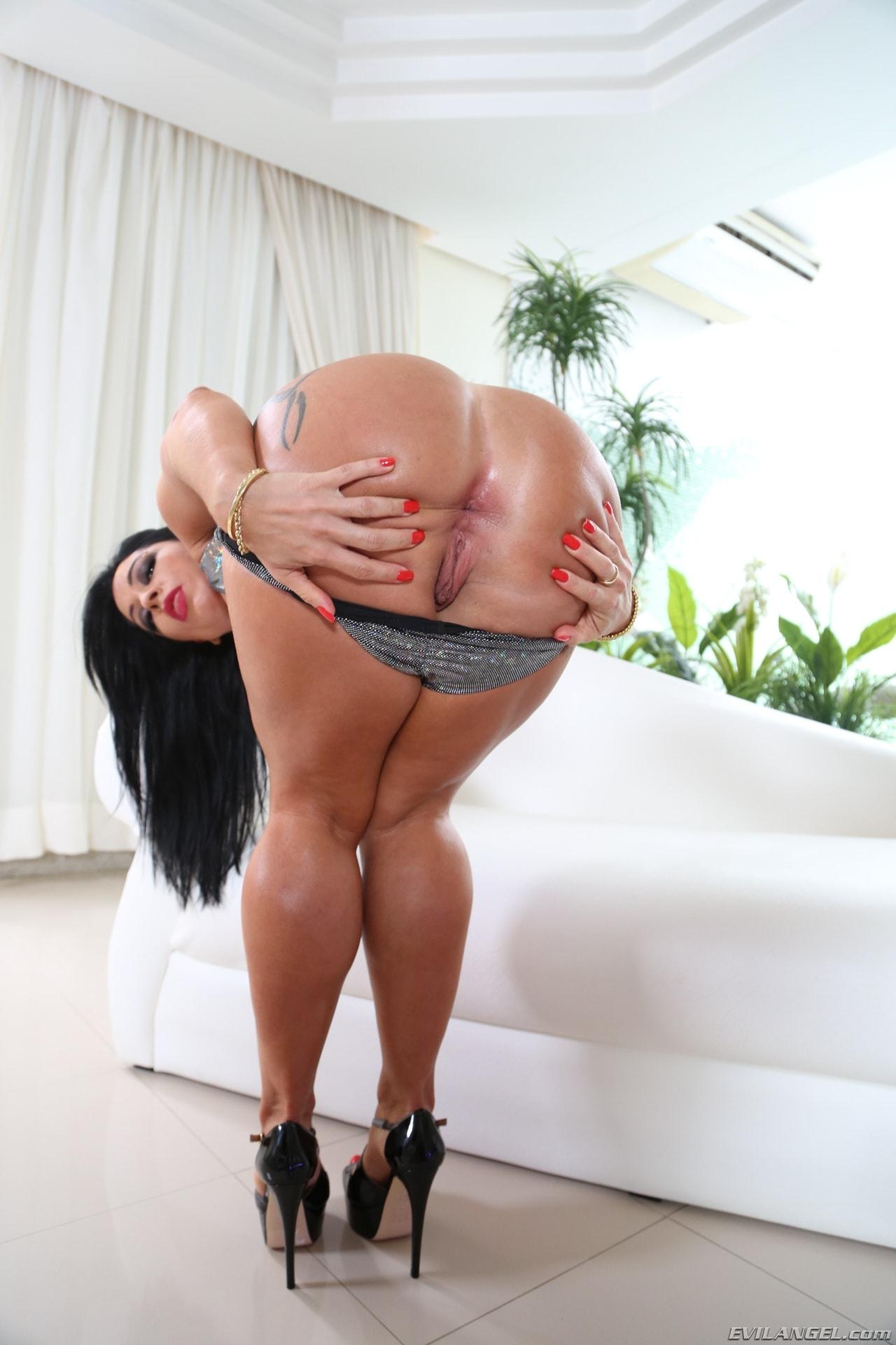 Monica Santhiago Porn