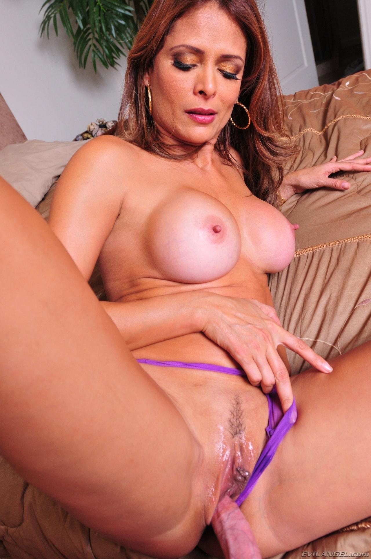 Monique Fuentes SexHD Pics :
