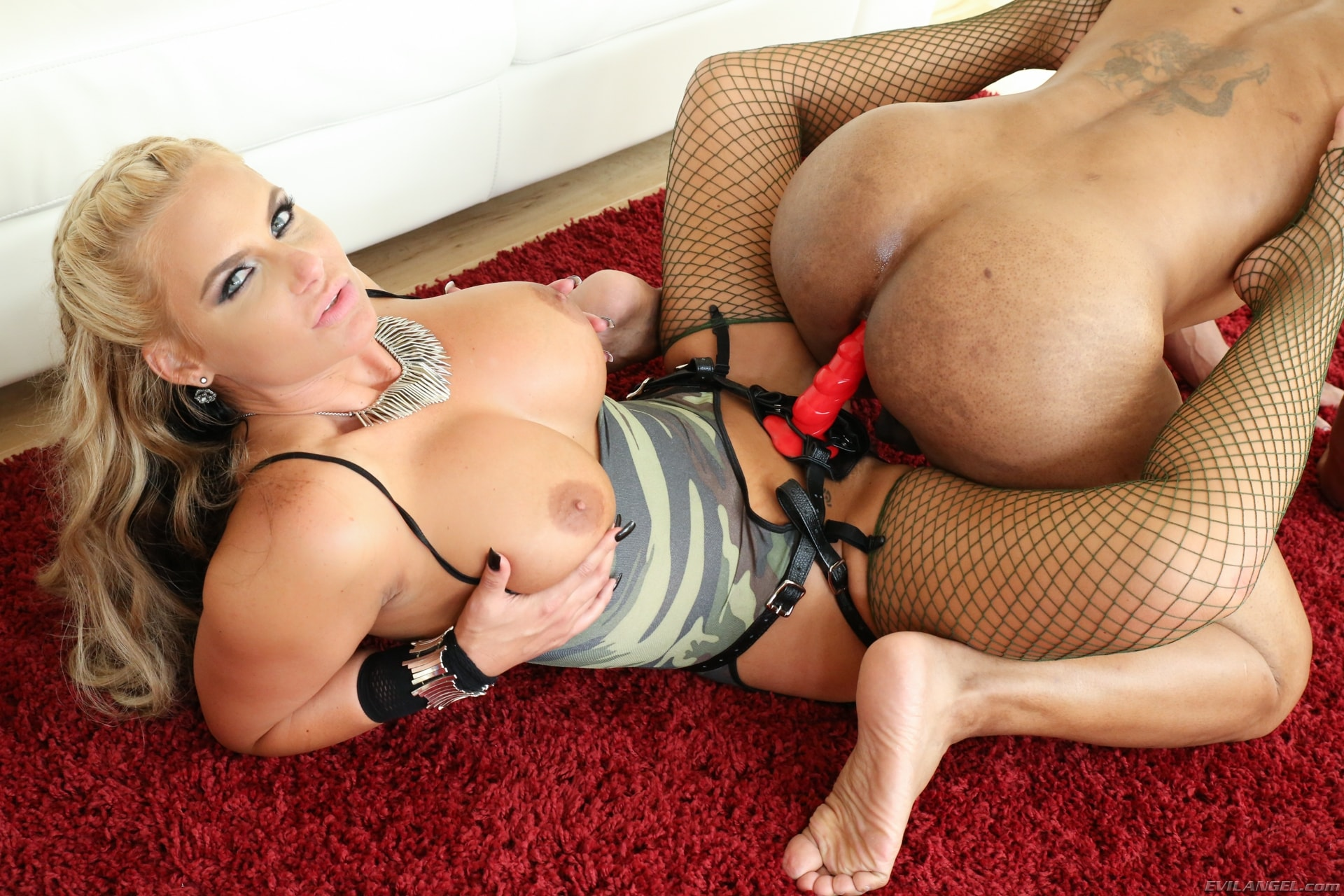 Busty milf dominate ryan keely has sex with a client picture