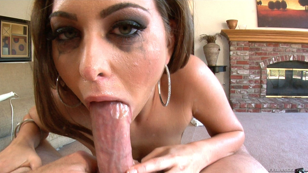 Petite Riley Reid Gets Her Creamy Hairy Pussy Fucked By Bbc